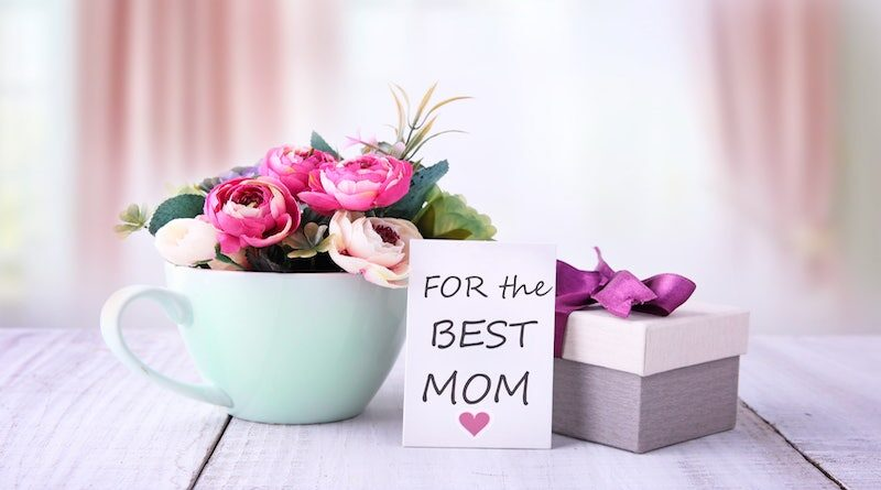 Thoughtful Gift Choices to Honor Your Mom this Mother's Day
