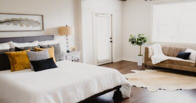 Clean Your Bedroom Thoroughly and Efficiently